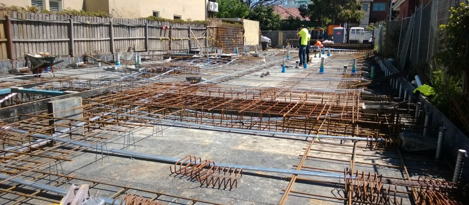 Post Tensioning Bar : Slab reinforcement and post tensioning lymax developments